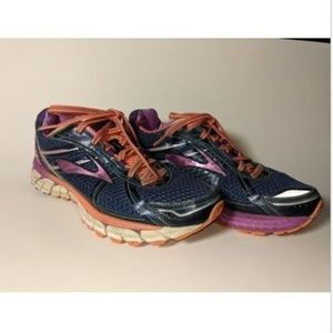Brooks Adrenaline GTS 15 Women's Athletic shoes